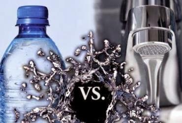 ¿Agua embotellada o del grifo?